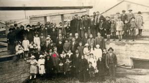 Rev. John Reeder y congregación, 1912